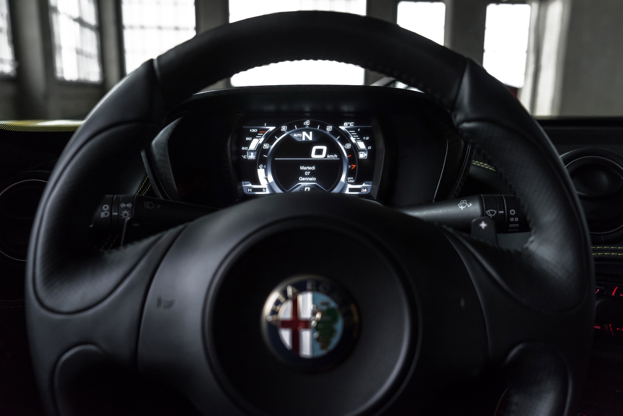 2015 Alfa Romeo 4c Spider Review Thumbs Spyder 14