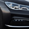 thumbs bmw 750i exterior 5