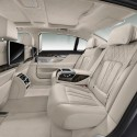 thumbs bmw 750i interior 2