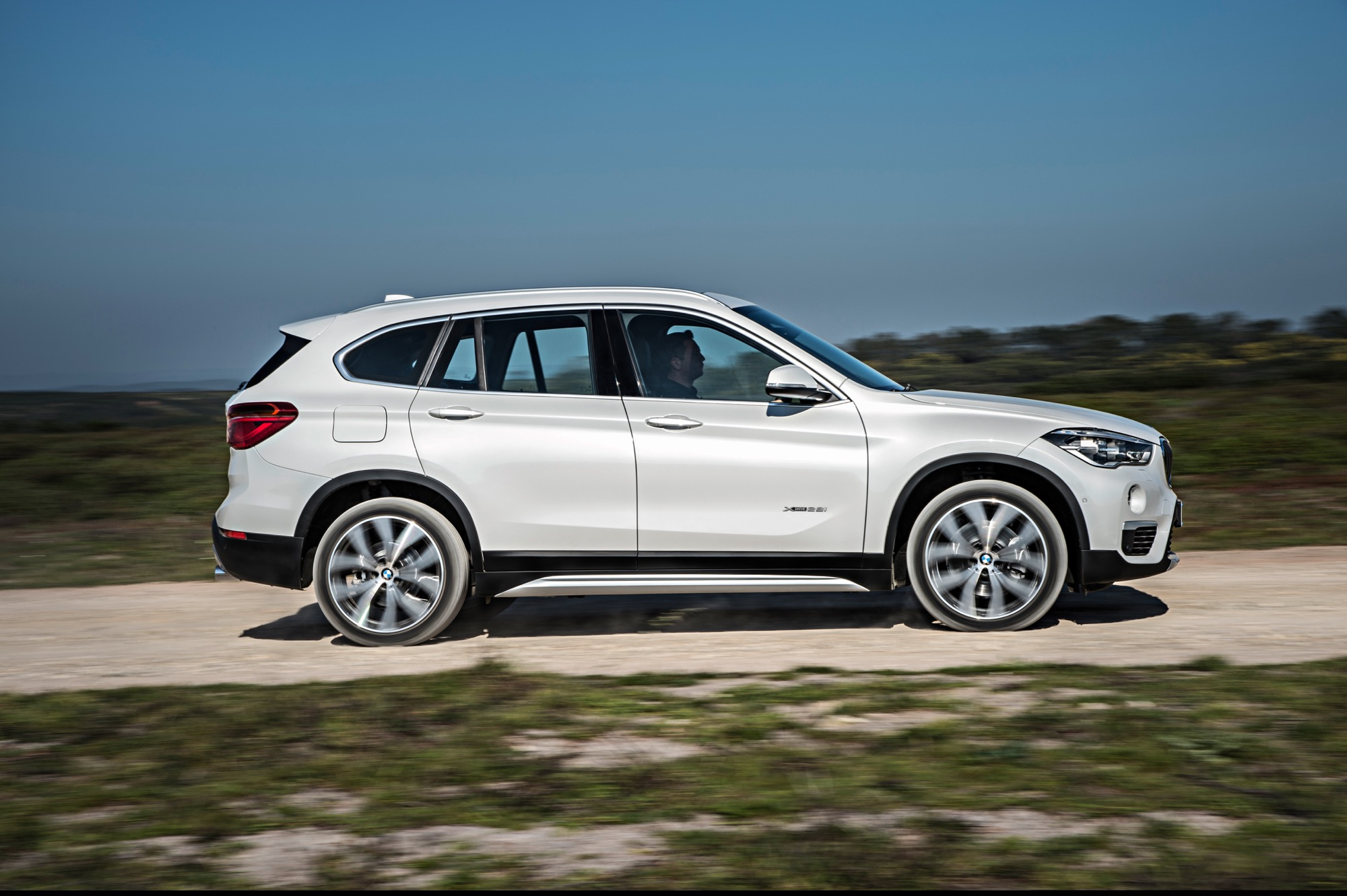 pictures official revealed x info magazine bmw and new cool by crossover dubbed news car suv first the specs