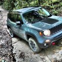thumbs 2016 jeep renegade exterior 2