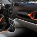 thumbs 2016 jeep renegade interior 2