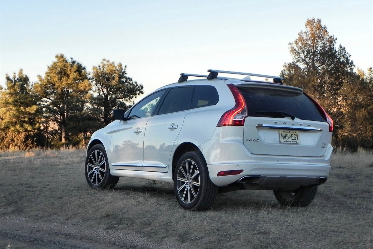 2016 volvo xc60on 2015 - photo #15
