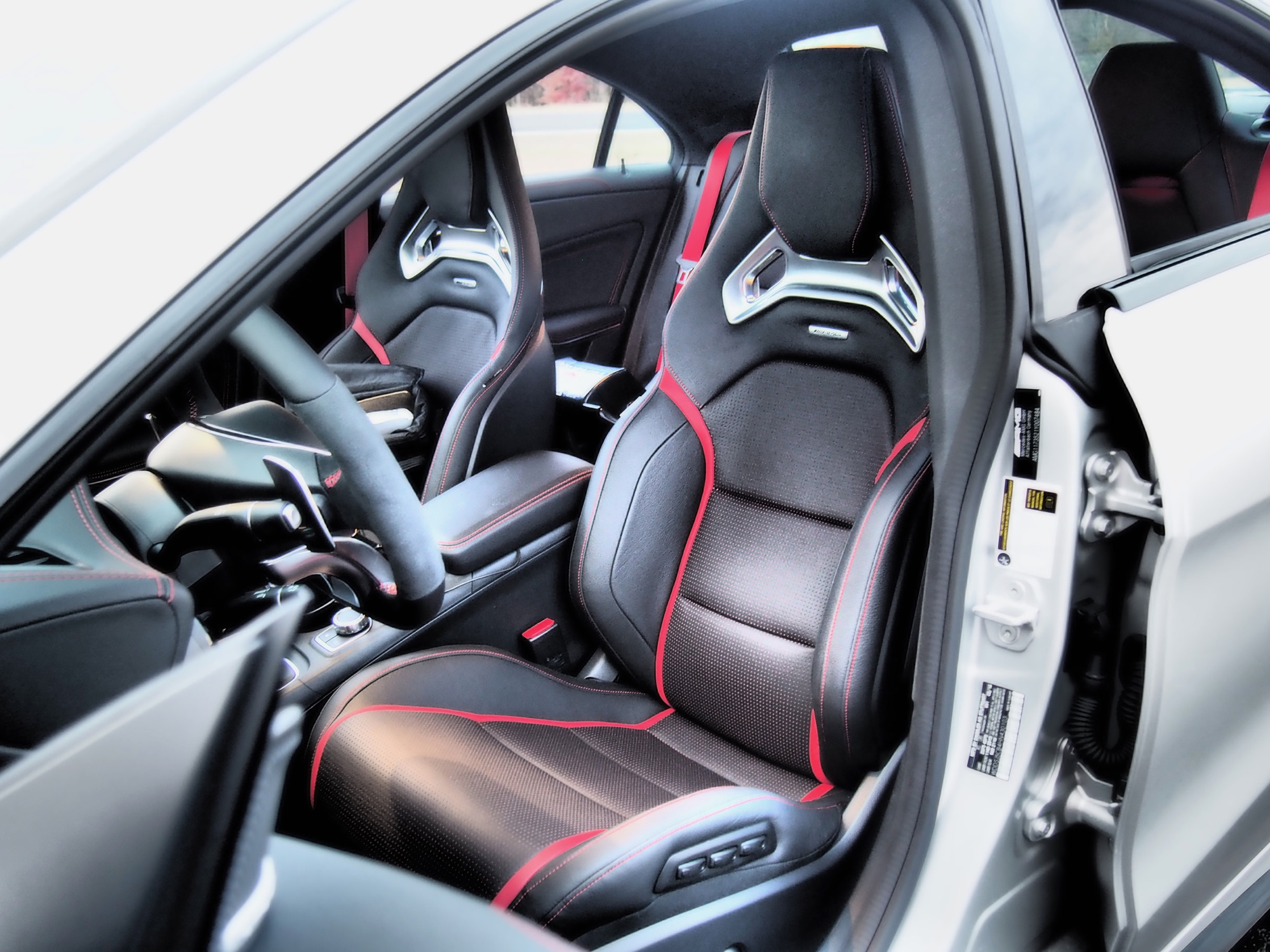 2017 mercedes amg cla45 review. Black Bedroom Furniture Sets. Home Design Ideas