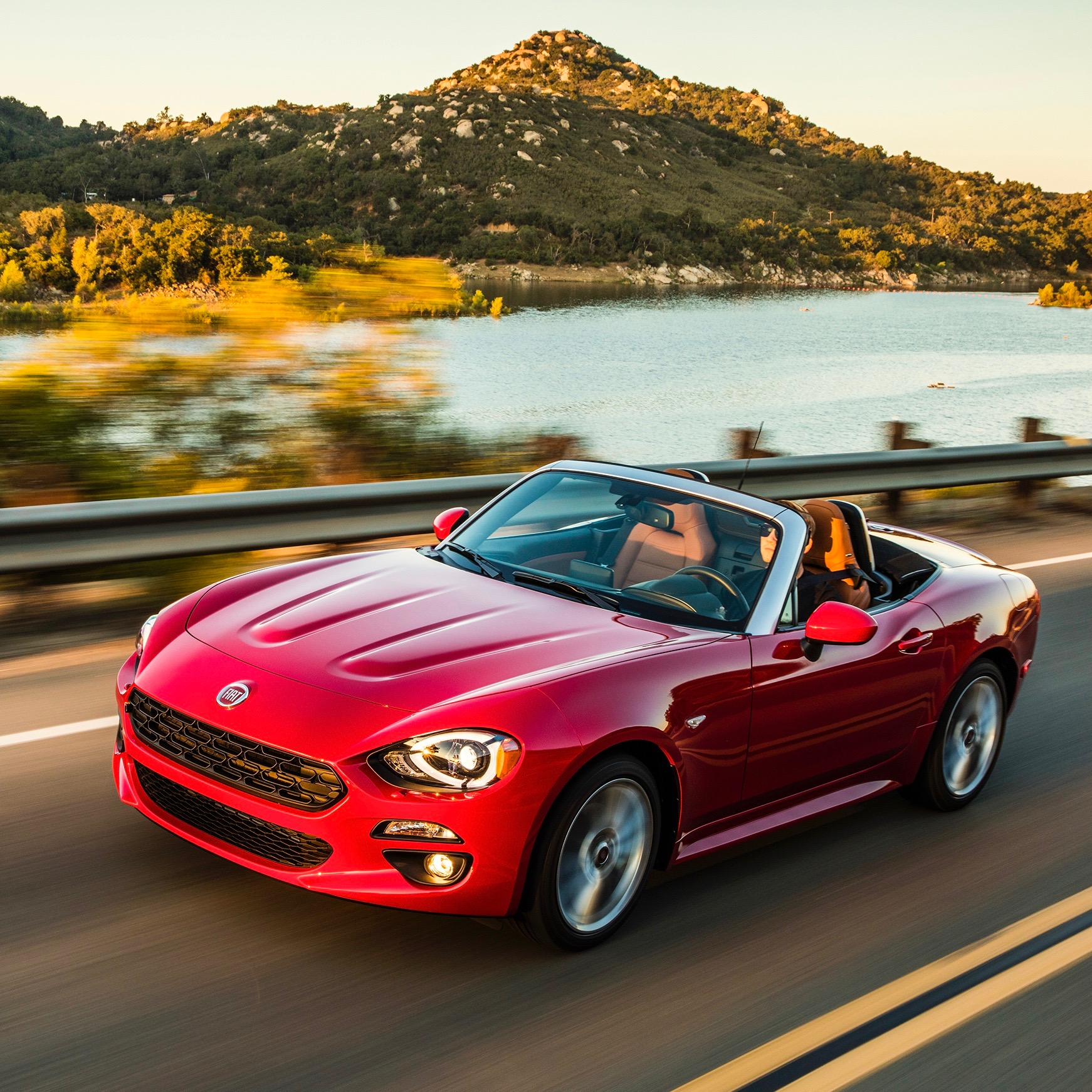 2017 Fiat 124 Spider : Review