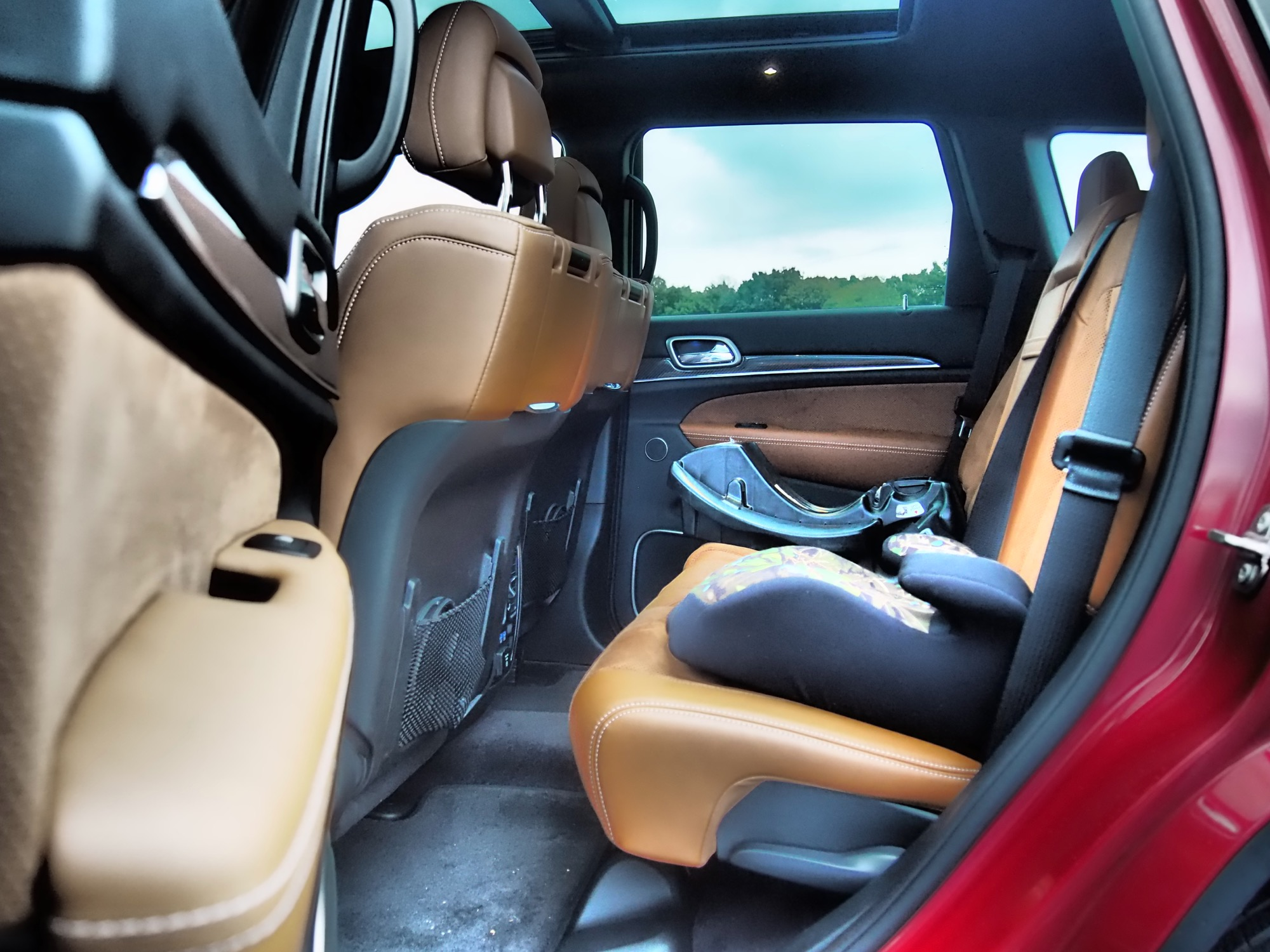 thumbs jeep grand cherokee srt interior 2. Cars Review. Best American Auto & Cars Review