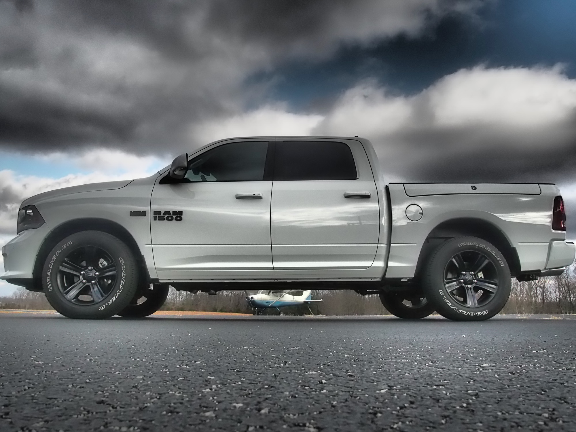 2017 ram 1500 night review