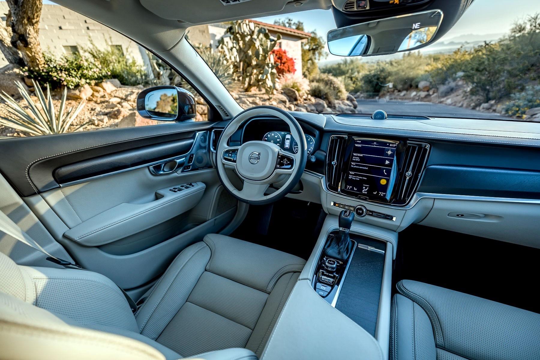 Volvo Xc90 Interior >> 2017 Volvo V90 Cross Country : Review