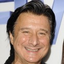 thumbs steve perry today