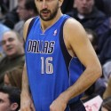 thumbs peja stojakovic mavs cropped