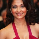 thumbs aishwarya19