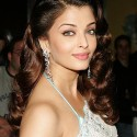 thumbs aishwarya2