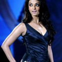 thumbs aishwarya29