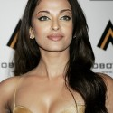 thumbs aishwarya44