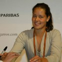 thumbs ana ivanovic 86