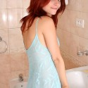 thumbs sexy redhead ariel atelier 116