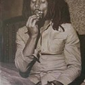 bob_marley__smoking_.jpg