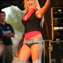 thumbs brooke hogan 1
