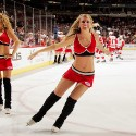 thumbs chicago blackhawks ice crew 07