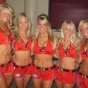 thumbs chicago blackhawks ice crew 10