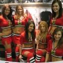 thumbs chicago blackhawks ice crew 16
