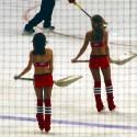 thumbs chicago blackhawks ice crew 27