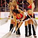 thumbs chicago blackhawks ice crew 31