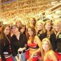 thumbs chicago blackhawks ice crew 43