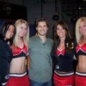 thumbs chicago blackhawks ice crew 68