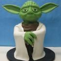 thumbs yoda cake