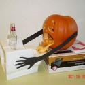 thumbs drunk pumpkin 01