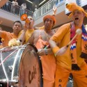 thumbs dutch fans 27