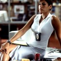thumbs eva mendes 001