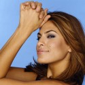 thumbs eva mendes 020