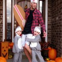 thumbs family costumes 10