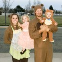 thumbs family costumes 20