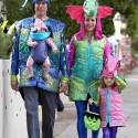 thumbs family costumes 22