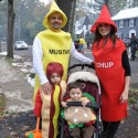 thumbs family costumes 48