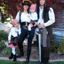 family-costumes-66