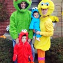 thumbs family costumes 71