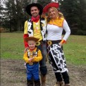 thumbs family costumes 77