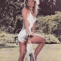 thumbs farrah fawcett 22