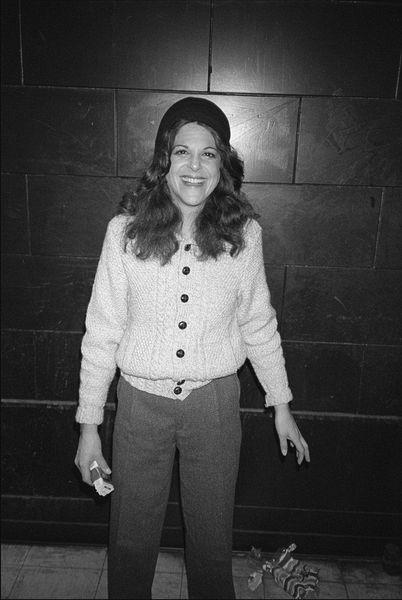 Gilda Radner  Funny And Sexy-4985