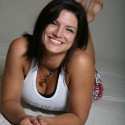 thumbs gina carano00