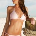 thumbs sexy girls in bikinis 124