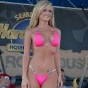 thumbs sexy girls in bikinis 57
