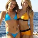 thumbs sexy girls in bikinis 73