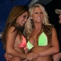 thumbs sexy girls in bikinis 78