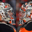 thumbs philadelphia flyers steve mason goalie mask