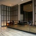 hotel-lobby-front-desk